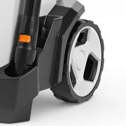 Châssis intégré et roues de grand diamètre